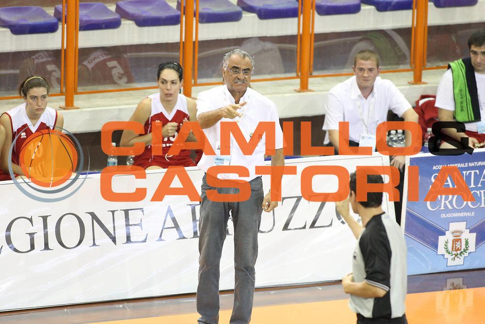 DESCRIZIONE : Pescara Giochi del Mediterraneo 2009 Mediterranean Games Grecia Greece Malta<br /> GIOCATORE : Santino Coppa Team Malta<br /> SQUADRA : Malta<br /> EVENTO : Pescara Giochi del Mediterraneo 2009<br /> GARA : Grecia Greece Malta<br /> DATA : 27/06/2009<br /> CATEGORIA : coach<br /> SPORT : Pallacanestro<br /> AUTORE : Agenzia Ciamillo-Castoria/G.Ciamillo
