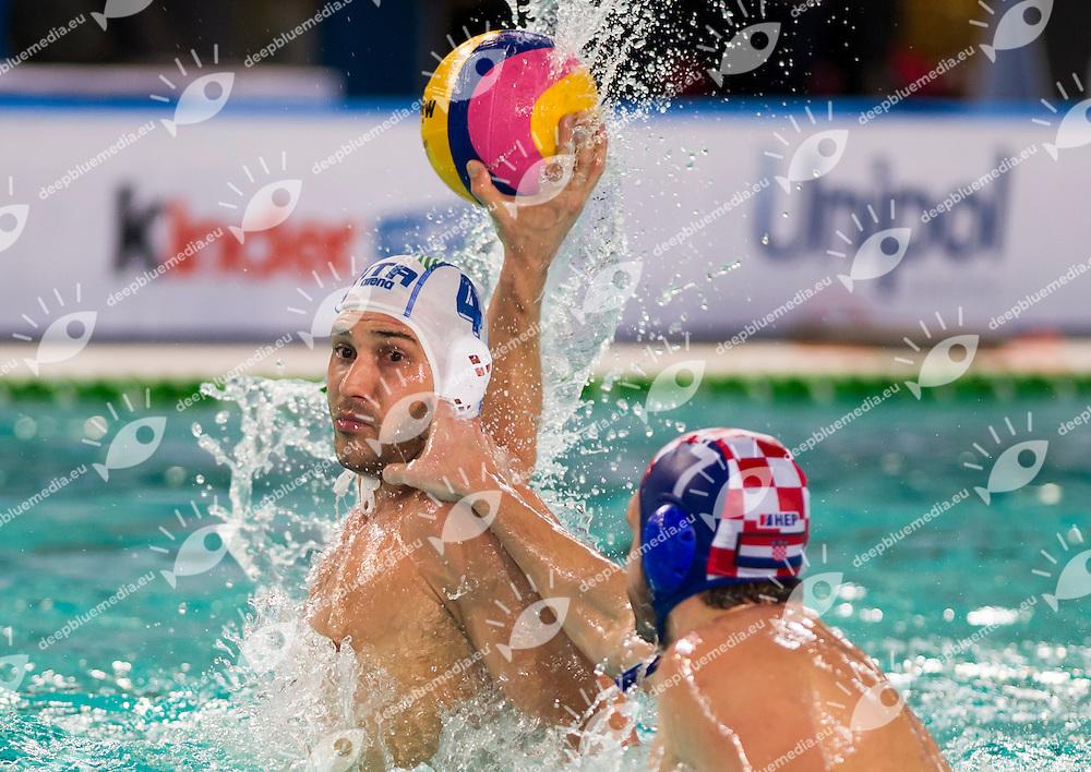 Pietro Figlioli Italy ITA Petar Muslim Croatia CRO<br /> Italia - Croazia <br /> FINA World League 2015<br /> Waterpolo Men<br /> Torino, 20/01/2015<br /> Foto Giorgio Perottino/Insidefoto/Deepbluemedia.eu