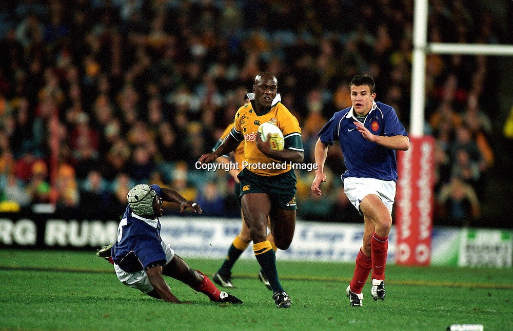 Wendell Sailor in action during the rugby union test match between Australia and France, Sydney, 29 June, 2002. Photo: PHOTOSPORT