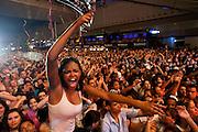 BELO HORIZONTE, MG, BRA. 16 de julho de 2011...UOL..Primeiro dia do Sertanejo Pop Festival. Show do cantor Gusttavo Lima...Foto: RODRIGO LIMA / UOL