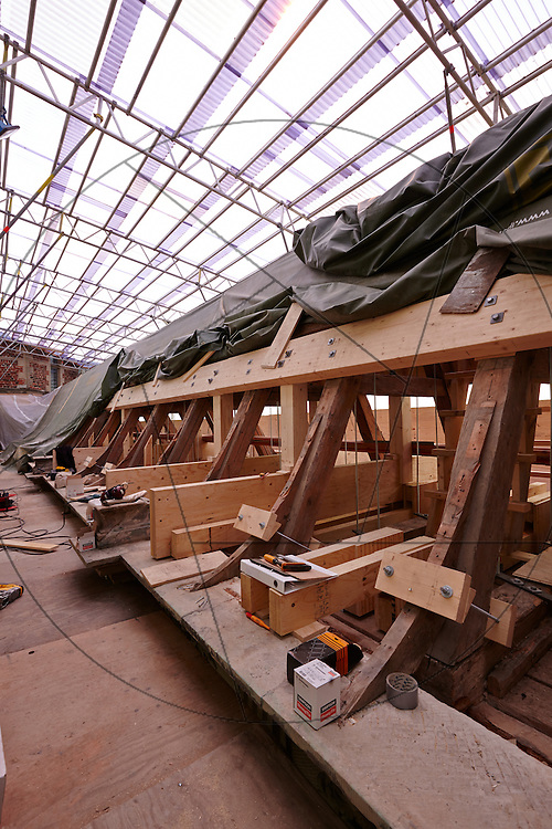 restaurering af audiensgang på Frederiksborg Slot , Slots- og Kulturejendom, loft og tag over audiensgangen, udskiftning af tømmer