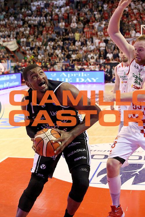 DESCRIZIONE : Campionato 2015/16 Giorgio Tesi Group Pistoia Obiettivo Lavoro Bologna<br /> GIOCATORE : Pittman Dexter<br /> CATEGORIA : Penetrazione<br /> SQUADRA : Obiettivo Lavoro Bologna<br /> EVENTO : LegaBasket Serie A Beko 2015/2016<br /> GARA : Giorgio Tesi Group Pistoia - Obiettivo Lavoro Bologna<br /> DATA : 10/04/2016<br /> SPORT : Pallacanestro <br /> AUTORE : Agenzia Ciamillo-Castoria/S.D'Errico<br /> Galleria : LegaBasket Serie A Beko 2015/2016<br /> Fotonotizia : Campionato 2015/16 Giorgio Tesi Group Pistoia - Obiettivo Lavoro Bologna<br /> Predefinita :