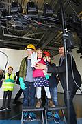 Ludwigshafen. 08.04.17 | Erlebnis Samstag bei der BASF<br /> BASF. Erlebnis Samstag im Zeichen der Sicherheit bei der BASF<br /> - Ein Rundumfoto von KIlian, Rosalie und Jannik durch Martin Hoppe<br /> <br /> BILD- ID 046 |<br /> Bild: Markus Prosswitz 08APR17 / masterpress (Bild ist honorarpflichtig - No Model Release!)
