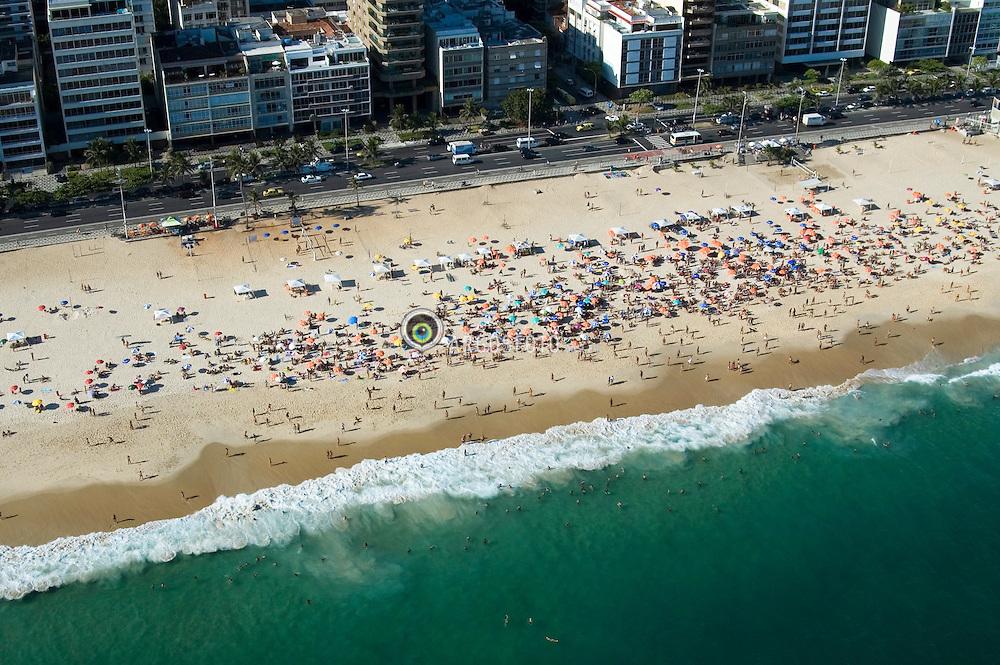 Praia de Ipanema, no Rio de Janeiro. Vista Aerea / Aerial view of Ipanema Beach, in Rio de Janeiro