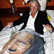 NLD/Eemnes/20081020 - Premiere Dries Roelvink film,.NLD/Eemnes/20081020 - Premiere Dries Roelvink film, Dries Roelvink in bed