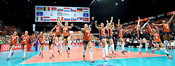 03-10-2015 NED: Volleyball European Championship Semi Final Nederland - Turkije, Rotterdam<br /> Nederland verslaat Turkije in de halve finale met ruime cijfers 3-0 / Team Nederland plaatst zich voor de finale