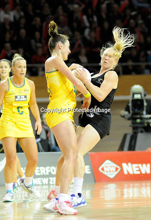 Laura Langman of the ferns crahes into Rebecca Bulley of the Diamonds. Constellation cup netball. Silver Ferns v Australian Diamonds at ILT Velodrome, Invercargill, New Zealand. Sunday 15th september 2013. New Zealand. Photo: Richard Hood/photosport.co.nz