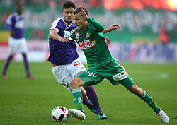 23.10.2016, Allianz Stadion, Wien, AUT, 1. FBL, SK Rapid Wien vs FK Austria Wien, 12 Runde, im Bild Tarkan Serbest (FK Austria Wien) und Arnor Ingvi Traustason (SK Rapid Wien) // during Austrian Football Bundesliga Match, 12th Round, between SK Rapid Vienna and FK Austria Wien at the Allianz Stadion, Vienna, Austria on 2016/10/23. EXPA Pictures © 2016, PhotoCredit: EXPA/ Thomas Haumer