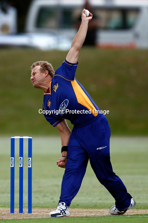 Neil Wagner during the Ford Trophy match between the Auckland Aces v Otago Volts. Preliminary Final, Men's domestic 1 day cricket. Colin Maiden Park, New Zealand. Wednesday 8 January 2012. Ella Brockelsby / photosport.co.nz