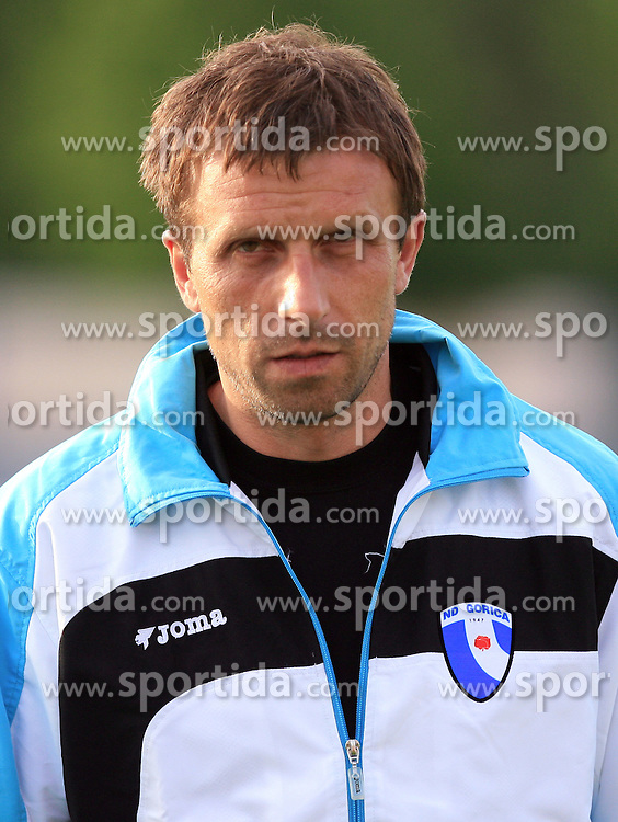 Coach of Gorica Ivan Srebrnic at 32th Round of Slovenian First League football match between NK Domzale and NK Hit Gorica in Sports park Domzale, on May 6, 2009, in Domzale, Slovenia. Gorica won 2:0. (Photo by Vid Ponikvar / Sportida)