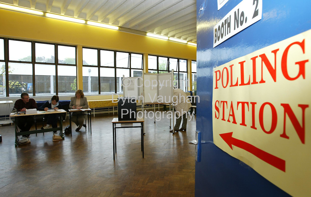 17/5/2002.Voters pictured voting at booth no 2 at the polling station at Kilkenny Vocational School..Picture Dylan Vaughan