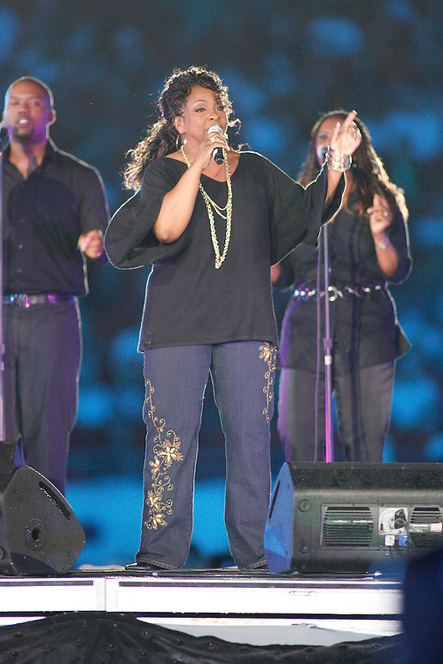 Gladys Knight performs at halftime of the 2007 Orange Bowl game on January 2, 2007 at the Dolphin Stadium in Miami, Florida.