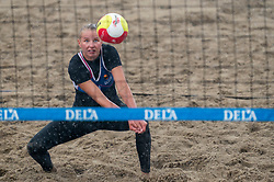 Kirsten van der Lecq in action. The DELA NK Beach volleyball for men and women will be played in The Hague Beach Stadium on the beach of Scheveningen on 22 July 2020 in Zaandam.