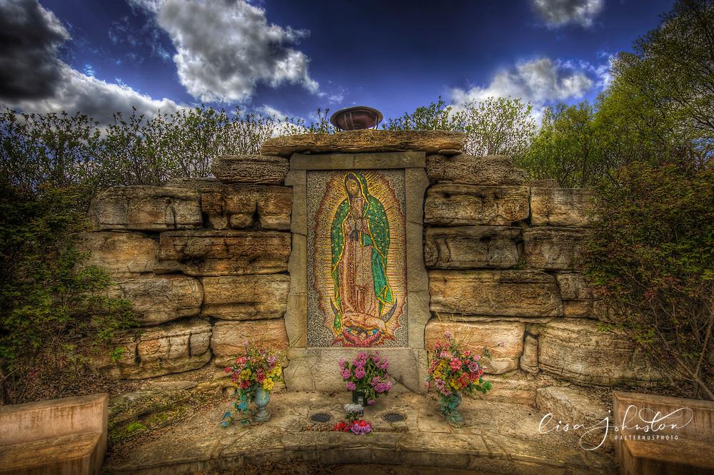 Lisa Johnston | lisa@aeternus.com | Tiwtter: @aeternusphoto Outdoor Shrine to Our Lady of Guadalupe in Fergussen, Missouri