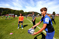 Dean Hammond of Worcester Warriors leads a coaching session as Worcester Warriors host a summer holiday rugby camp at Malvern College - Mandatory by-line: Robbie Stephenson/JMP - 16/08/2017 - RUGBY - Malvern College - Worcester, England - Worcester Warriors - Malvern Rugby Camp