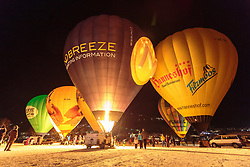 05.02.2018, Lechnerberg, Kaprun, AUT, Nacht der Ballone, im Bild beleuchtete Heissluftballone // illuminated hot air balloons during the International Balloonalps Week, Lechnerberg, Kaprun, Austria on 2018/02/05. EXPA Pictures © 2018, PhotoCredit: EXPA/ Stefanie Oberhauser