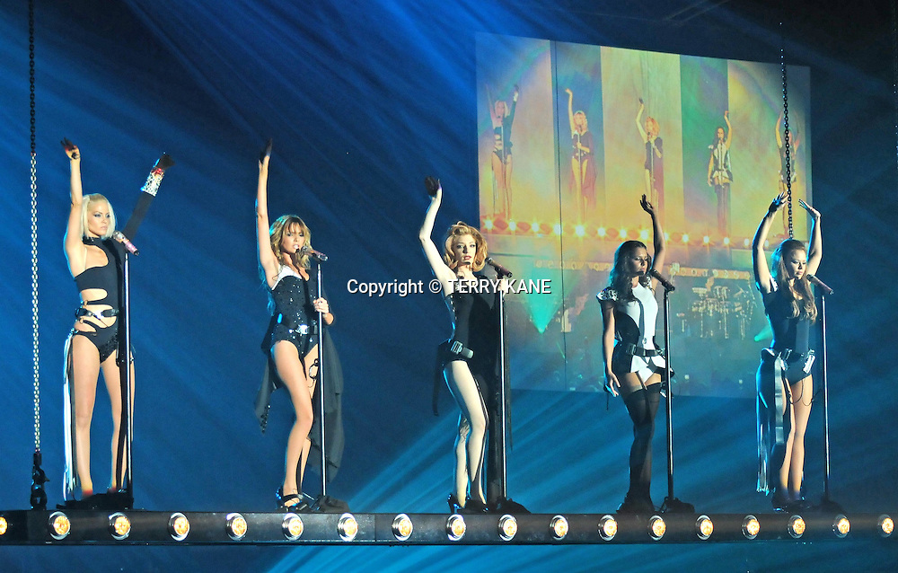 MANCHESTER, UK.Girls Aloud perform at the M.E.N. Arena on the first night of their new tour on Friday 24th April 09..***NOTE TO EDITORS: PICTURES SHOT FROM THE AUDITORIUM WITHOUT VENUE PRESS ACCREDITATION***.PHOTO BY TERRY KANE / EYEWITNESS IMAGES LTD.+44 (0)7974 921 220.www.eyewitnessimages.com