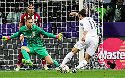 28-05-2016 ITA, UEFA CL Final, Atletico Madrid - Real Madrid, Milaan<br /> Jan Oblak of Atlético vs Gareth Bale of Real Madrid <br /> <br /> ***NETHERLANDS ONLY***