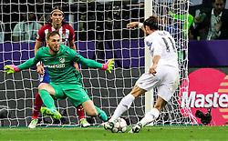28-05-2016 ITA, UEFA CL Final, Atletico Madrid - Real Madrid, Milaan<br /> Jan Oblak of Atlético vs Gareth Bale of Real Madrid <br /> <br /> ***NETHERLANDS ONLY***
