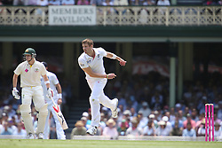 © Licensed to London News Pictures. 03/01/2014. England debutant Boyd Rankin bowling during the 5th Ashes Test Match between Australia Vs England at the SCG on 03 January, 2013 in Melbourne, Australia. Photo credit : Asanka Brendon Ratnayake/LNP