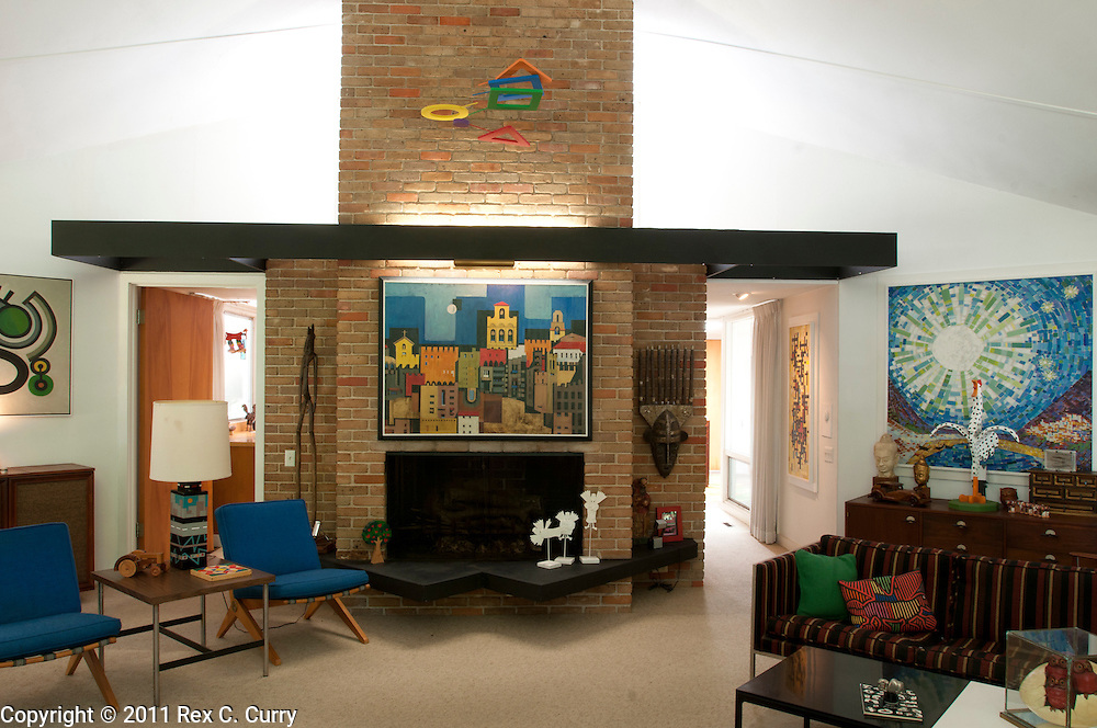 Mid-century modern home built in 1959 by Dallas architect John Barthel.