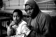 Roma.Joseph, ex pugile professionista  ugandese,si allena all Palestra Indomita,con il figlio.
