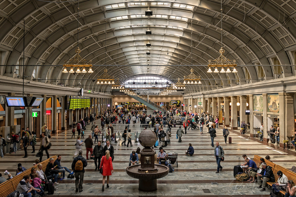 The main hall of Stockholm's central station.