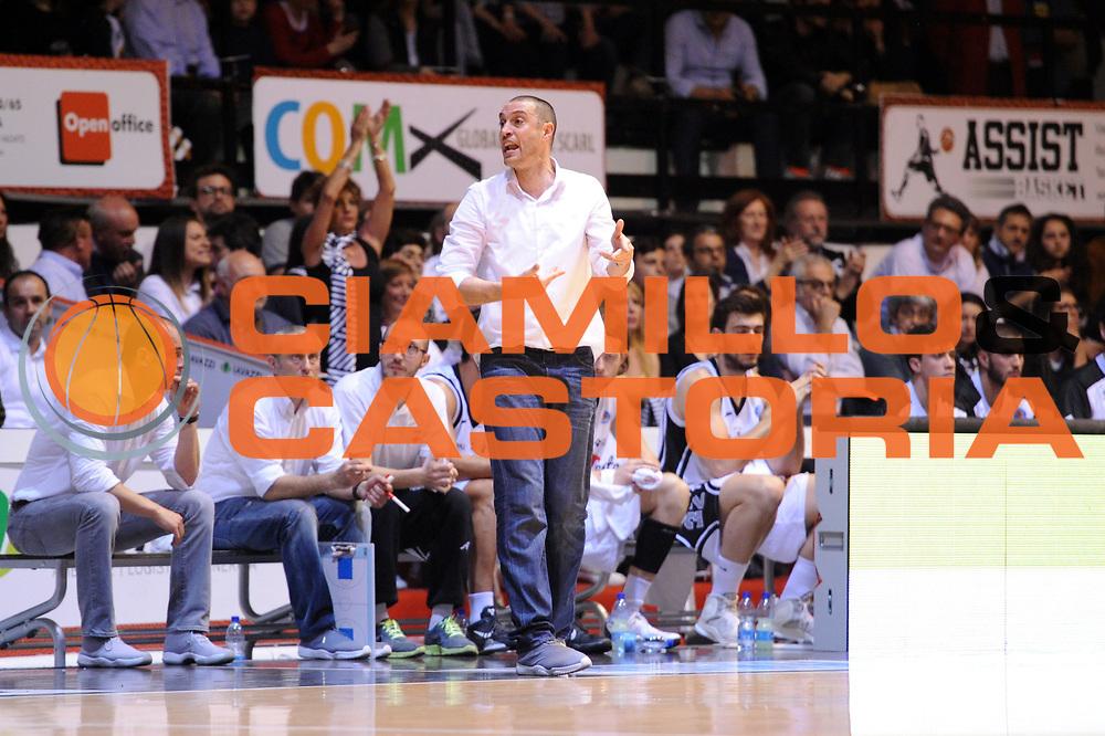 DESCRIZIONE : Caserta Lega A 2014-15 <br /> Pasta Reggia Caserta - Grissin Bon Reggio Emilia GIOCATORE : Vincenzo Esposito<br /> CATEGORIA : coach<br /> SQUADRA : Pasta Reggia Caserta<br /> EVENTO : Campionato Lega A 2014-2015 <br /> GARA : Pasta Reggia Caserta - Grissin Bon Reggio Emilia<br /> DATA : 03/05/2015<br /> SPORT : Pallacanestro <br /> AUTORE : Agenzia Ciamillo-Castoria/N. Dalla Mura<br /> Galleria : Lega Basket A 2014-2015  <br /> Fotonotizia : Caserta Lega A 2014-15 Pasta Reggia Caserta - Grissin Bon Reggio Emilia