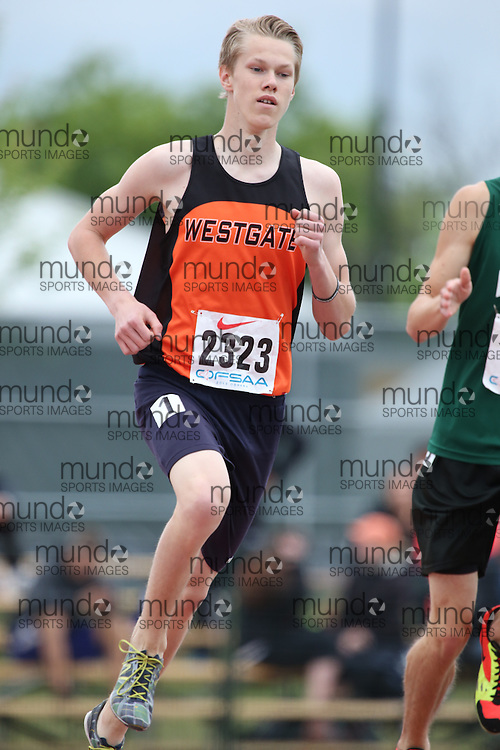 Ryan Pendziwol of Westgate CVI - Thunder  Bay competes in the 800m heats at the 2013 OFSAA Track and Field Championship in Oshawa Ontario, Thursday,  June 6, 2013.<br /> Mundo Sport Images / Sean Burges
