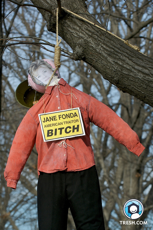"The effigy of Jane Fonda, hung by counter-protesters from Free Republic at the United for Peace and Justice March on Washington to End the Iraq War. The sign reads ""Jane Fonda American Traitor Bitch."""