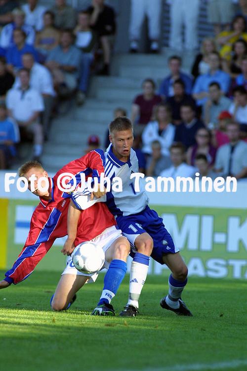 Juha Tamminen, 23.07.2001 Helsinki, Finland: UEFA Under-18 European Championship, Finland v Czech Rep. Henri Scheweleff (FIN) vs Peter Coupek (CZE))..©JUHA TAMMINEN