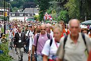 Nederland, Nijmegen, 17-7-2008Vierdaagse, de dag van Groesbeek. Traditioneel de zwaarste vanwege de zevenheuvelenweg die een vijftal heuvels heeft tussen Groesbeek en Berg en Dal. Hier de doorkomst in Berg en Dal.Foto: Flip Franssen/Hollandse Hoogte