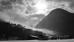 THEMENBILD - Morgennebel über dem Ortsteil Lesach mit den uralten Bergbauernhöfen in Oberlesach. Im Hintergrund der schneebedeckte Gipfel des Glödies. Kals am Großglockner, Österreich am Dienstag, 27. März 2018 // Morning fog over Lesach with the ancient mountain farms in Oberlesach. In the background the snowy summit of Glödies. Tuesday, March 27, 2018 in Kals am Grossglockner, Austria. EXPA Pictures © 2018, PhotoCredit: EXPA/ Johann Groder