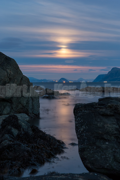 Magical moonlight at Runde, Norway, with view to Ålesund | Magisk månelys på Runde med utsikt mot Ålesund.