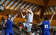 DESCRIZIONE : Bormio Lega A 2014-15 amichevole Ea7 Olimpia Milano - Pepinster<br /> GIOCATORE : Linas Kleiza<br /> CATEGORIA : tiro penetrazione<br /> SQUADRA : Ea7 Olimpia Milano<br /> EVENTO : Valtellina Basket Circuit 2014<br /> GARA : Ea7 Olimpia Milano - Pepinster<br /> DATA : 09/09/2014<br /> SPORT : Pallacanestro <br /> AUTORE : Agenzia Ciamillo-Castoria/R.Morgano<br /> Galleria : Lega Basket A 2014-2015  <br /> Fotonotizia : Bormio Lega A 2014-15 amichevole Ea7 Olimpia Milano - Pepinster<br /> Predefinita :