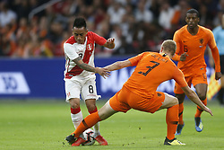 (L-R), Christian Cueva of Peru, Matthijs de Ligt of Holland during the International friendly match match between The Netherlands and Peru at the Johan Cruijff Arena on September 06, 2018 in Amsterdam, The Netherlands