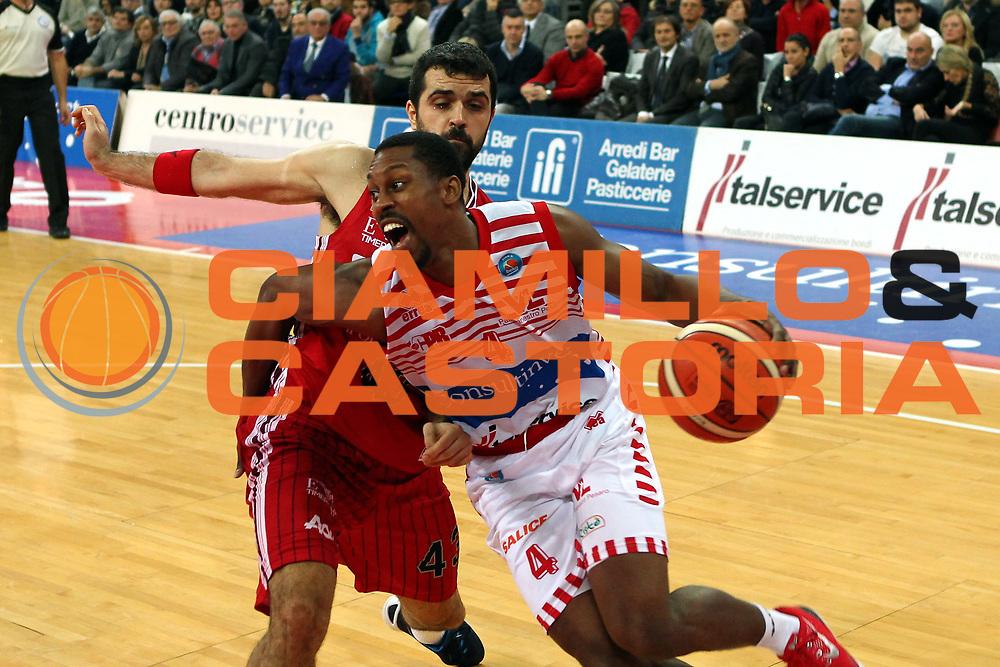 23-12-15 - Pesaro - Basket Consultinvest Pesaro vs EA7 Milano - Vittoria di Pesaro - Shepherd - Photo Fabrizio Petrangeli-CIAMILLO