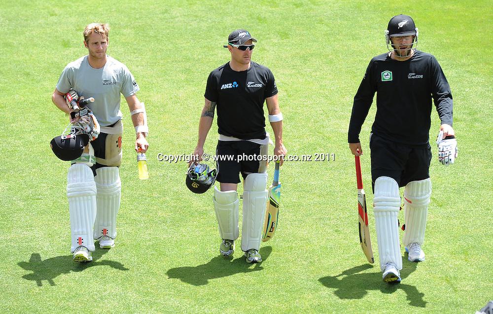 L_R Kane Williamso, Brendon McCullum and Daniel Vettori at training at Bellerive Oval ahead of the second cricket test match versus Australia in Hobart. Thursday 8 December 2011. Photo: Andrew Cornaga/Photosport.co.nz