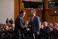 DEU, Deutschland, Germany, Berlin, 14.03.2018: Bundesaussenminister a.D. Sigmar Gabriel (SPD) und sein Nachfolger Heiko Maas (SPD) bei der Amtsübergabe im Weltsaaal des Auswärtigen Amts.