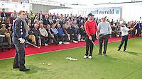 AMSTERDAM - Willem van Hanegem (L) opent Golfbeurs , Amsterdam Golf Show, in de Amsterdamse Rai.  Op de foto Floris de Vries, Tim Sluiter en Christel Boeljon. COPYRIGHT KOEN SUYK