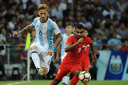 2017?6?13?.??????——?????????????..6?13 ??????Lucas Biglia?6????????Faritz Hameed?9???????????????????????.???? ??????..Argentina's player Lucas Biglia (no 6) kicks the ball away from Singapore's player Faritz Hameed (no 9 ) in the international friendly match between Singapore and Argentina held in the National Stadium of Singapore on Jun 13, 2017..By Xinhua, Then Chih Wey..????????????2017?6?13? (Credit Image: © Then Chih Wey/Xinhua via ZUMA Wire)