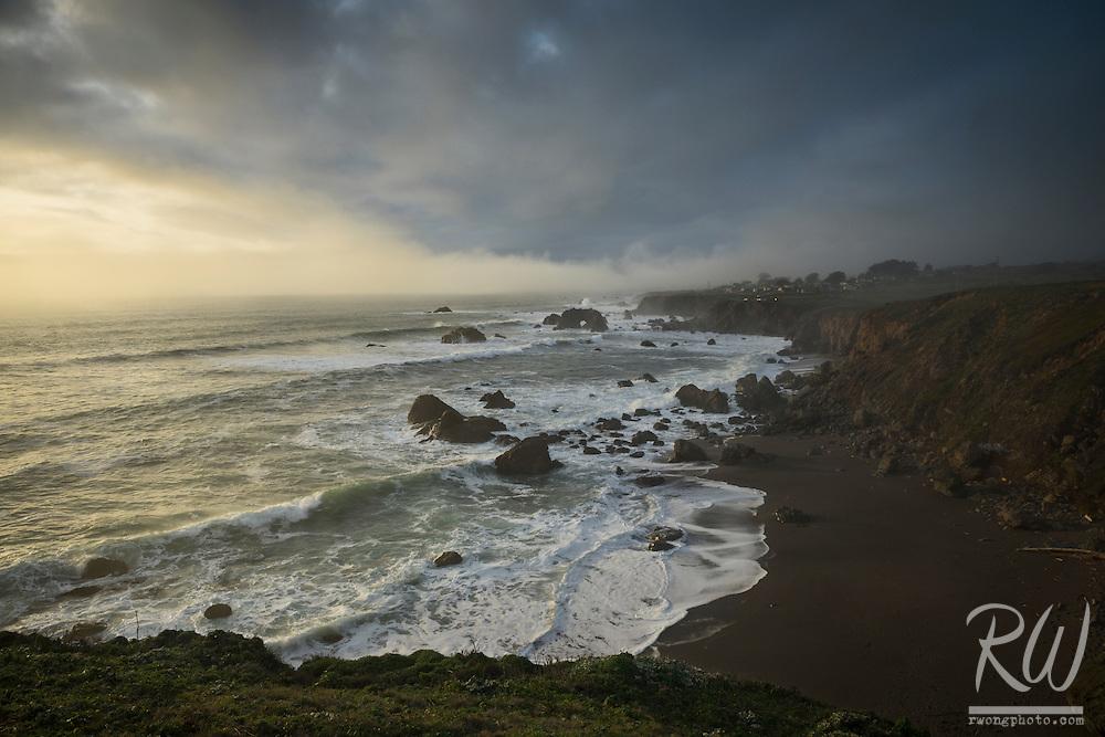 Arched Rock Beach, Sonoma Coast State Beach, California