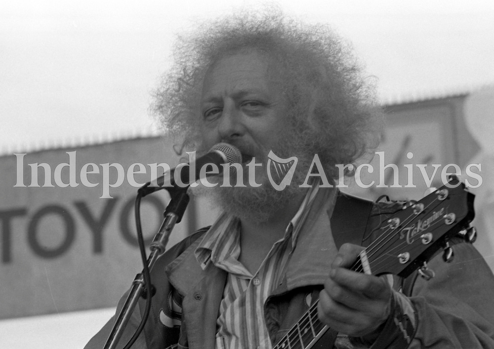 687-642<br />