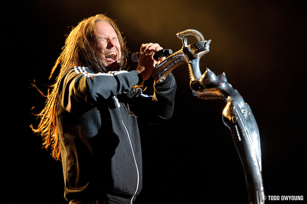 Jonathan Davis of Korn performs May 15, 2011 at Verizon Wireless Amphitheater in St. Louis, Missouri. © 2011 Todd Owyoung.