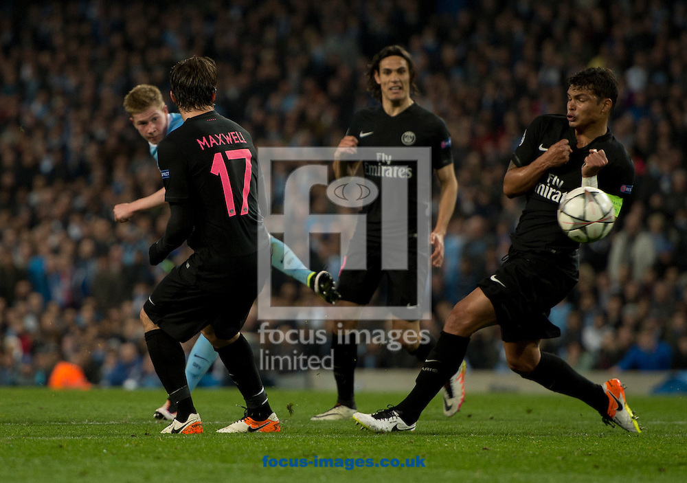 Kevin De Bruyne of Manchester City scores his team's 1st goal to make it 1-0 during the UEFA Champions League match at the Etihad Stadium, Manchester<br /> Picture by Russell Hart/Focus Images Ltd 07791 688 420<br /> 12/04/2016