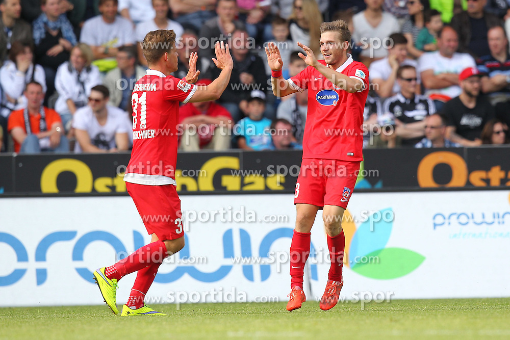 17.05.2015, Scholz Arena, Aalen, GER, 2. FBL, VfR Aalen vs 1. FC Heidenheim, 33. Runde, im Bild Robert Leipertz ( 1.FC Heidenheim ) rechts Florian Niederlechner (1.FC Heidenheim) nach dem 2:3 // during the 2nd German Bundesliga 33th round match between VfR Aalen and 1. FC Heidenheim at the Scholz Arena in Aalen, Germany on 2015/05/17. EXPA Pictures &copy; 2015, PhotoCredit: EXPA/ Eibner-Pressefoto/ Langer<br /> <br /> *****ATTENTION - OUT of GER*****