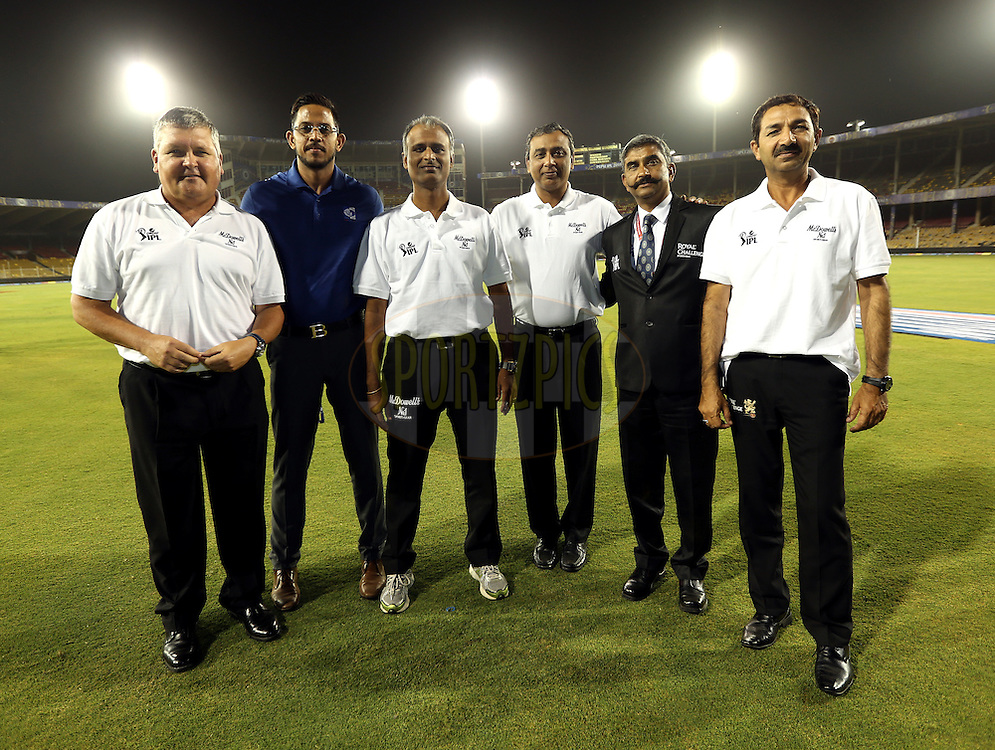 Umpires pose for the pitcure after the match 22 of the Pepsi IPL 2015 (Indian Premier League) between The Rajasthan Royals and The Royal Challengers Bangalore held at the Sardar Patel Stadium in Ahmedabad , India on the 24th April 2015.<br /> <br /> Photo by:  Sandeep Shetty / SPORTZPICS / IPL