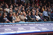 DESCRIZIONE : Varese Lega A 2012-13 Cimberio Varese cheBolletta Cantu<br /> GIOCATORE : tifosi <br /> CATEGORIA : tifosi curiosita<br /> SQUADRA : <br /> EVENTO : Campionato Lega A 2012-2013<br /> GARA : Cimberio Varese cheBolletta Cantu<br /> DATA : 29/10/2012<br /> SPORT : Pallacanestro <br /> AUTORE : Agenzia Ciamillo-Castoria/GiulioCiamillo<br /> Galleria : Lega Basket A 2012-2013  <br /> Fotonotizia : Varese Lega A 2012-13 Cimberio Varese cheBolletta Cantu<br /> Predefinita :
