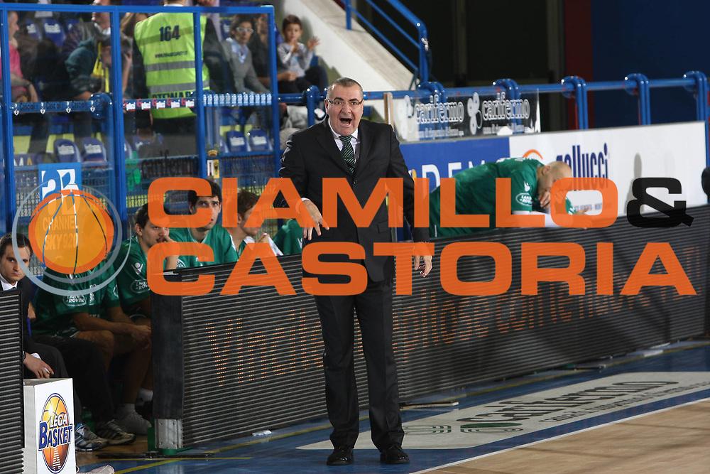 DESCRIZIONE : Porto San Giorgio Lega A 2010-11 Fabi Montegranaro Benetton Treviso<br /> GIOCATORE : Jasmin Repesa<br /> SQUADRA : Benetton Treviso<br /> EVENTO : Campionato Lega A 2010-2011<br /> GARA : Fabi Montegranaro Benetton Treviso<br /> DATA : 31/10/2010<br /> CATEGORIA : coach<br /> SPORT : Pallacanestro<br /> AUTORE : Agenzia Ciamillo-Castoria/C.De Massis<br /> Galleria : Lega Basket A 2010-2011<br /> Fotonotizia : Porto San Giorgio Lega A 2010-11 Fabi Montegranaro Benetton Treviso <br /> Predefinita :