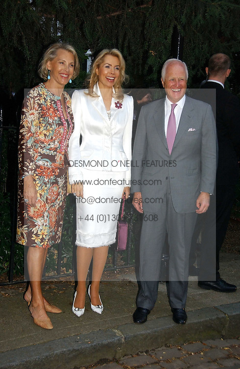 Left to right, LUCE CHURCHILL, the BEGUM INAARA AGA KHAN and WINSTON CHURCHILL at Sir David & Lady Carina Frost's annual summer party held in Carlyle Square, Chelsea, London on 5th July 2006.<br /><br />NON EXCLUSIVE - WORLD RIGHTS